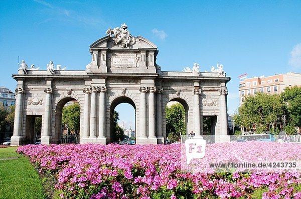 Alcala Gate  Madrid  Spain
