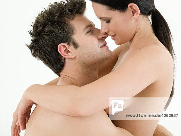 Junges Paar beim Sex