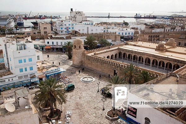 Tunisia  Tunisian Central Coast  Sousse  elevated view of the Great Mosque from the Ribat  8th century