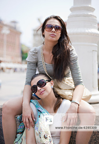 Young women travelling