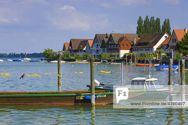 Ermatingen  Schweiz  Europa  Kanton Thurgau  See  Bodensee  Dorf  Häuser  Hafen  Fischerboote Ermatingen, Schweiz, Europa, Kanton Thurgau, See, Bodensee, Dorf, Häuser, Hafen, Fischerboote