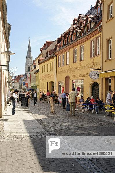 Anhalt  Architektur  aussen  Bauwerke  Bundesrepublik  Cafes  deutsch  Deutschland  europäisch  Europa  Fussgänger  Fussgängerzo