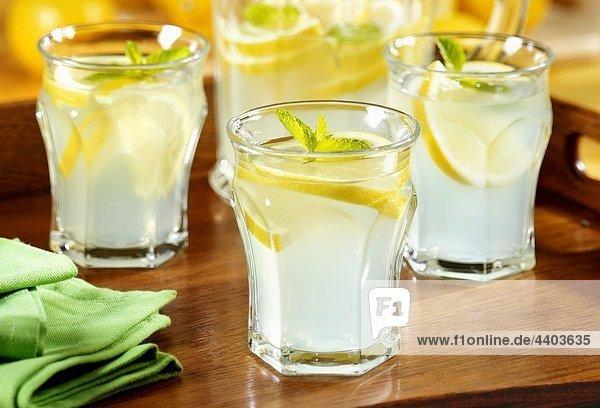 Dekantiergefäß Limonade