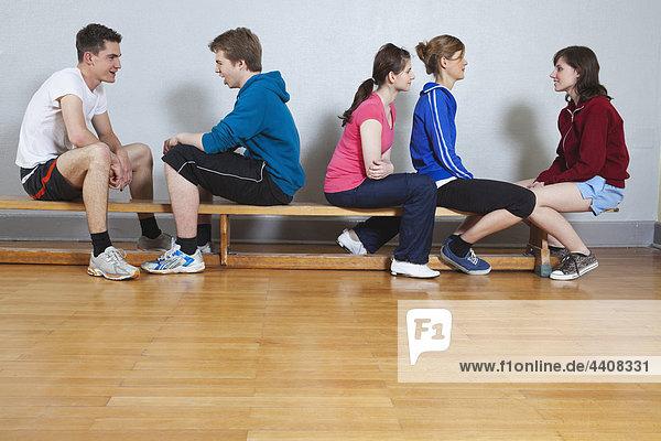 Deutschland  Berlin  Jugendliche und Jugendliche im Schulsport