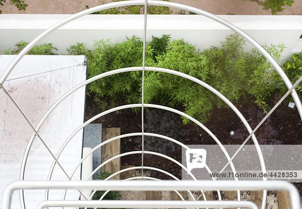Handlauf und Treppen aus Stahl gefertigt für Accesing das Dach.