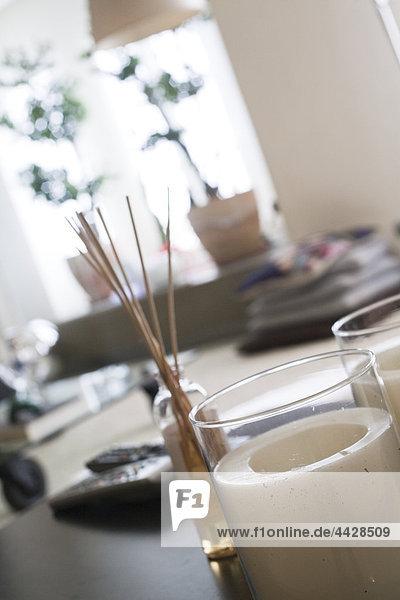 Closep-Up Kerzen und andere moderne Ziergegenstände