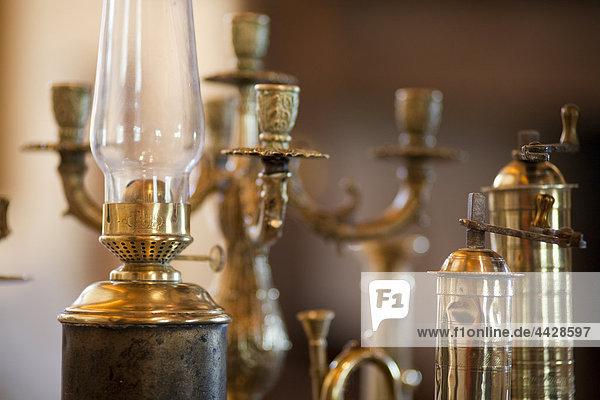 zeigen Antiquität Kerzenhalter Kerzenständer Bronze