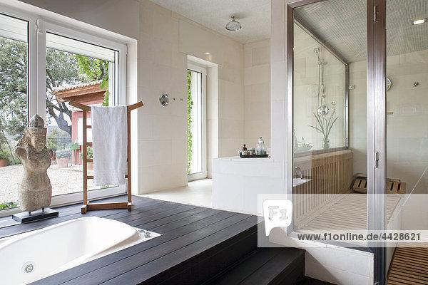 Whirlpool Glas Badezimmer durchsichtig transparent transparente transparentes türkisch
