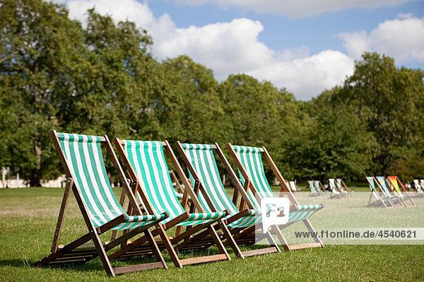 Liegestühle im St. James's Park  London