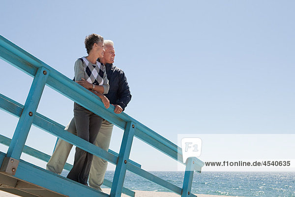Strand Weg reifer Erwachsene reife Erwachsene