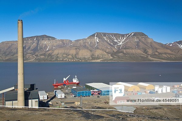 A view of the town of Longyearbyen on the west side of Spitsbergen Island in the Svalbard Archipelago in the Barents Sea  Norway