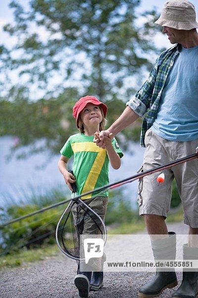 Junge - Person Menschlicher Vater gehen angeln