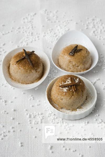 Zimt und Kokosnuss Tapioka Kuchen  / Mit Englischsprachigem Rezept