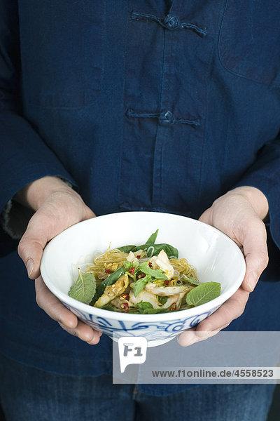 Würziger Fisch Salat  / Mit Englischsprachigem Rezept