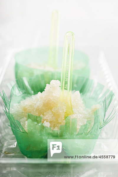 Lychee Granita infundiert mit Zitronengras  / Mit Englischsprachigem Rezept
