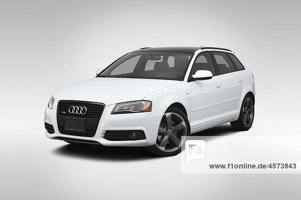 A3 A 3 weiß frontal Ansicht Flachwinkelansicht Audi 2 Winkel