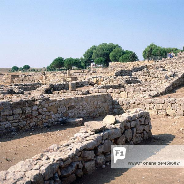 Ne·polis  2nd Century BC. Greek city (later Roman city). Ampurias. Girona province. Spain