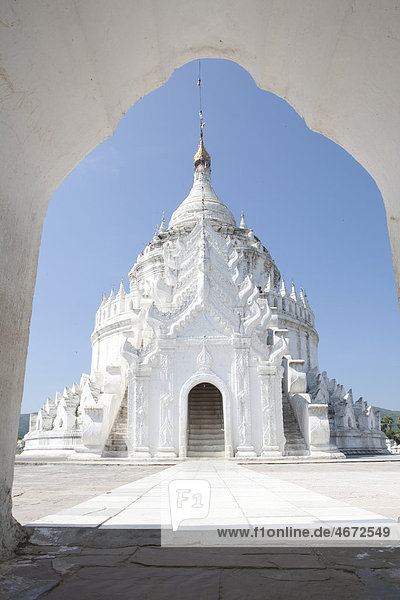 Hsinbyume Pagode  Mingun  Myanmar