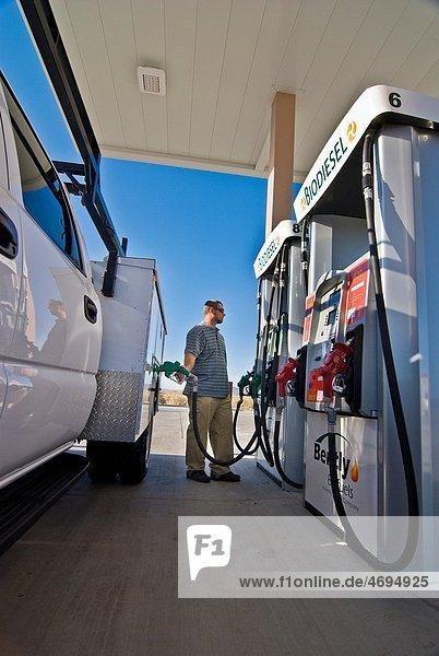 Fueling utility truck with E85 ethanol  Minden Nevada