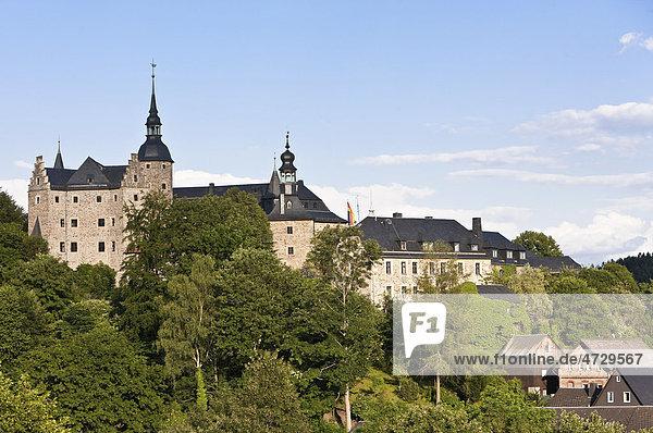 Burg Lauenstein  Ortsteil Lauenstein  Ludwigsstadt  Kreis Kronach  Oberfranken  Bayern  Deutschland  Europa