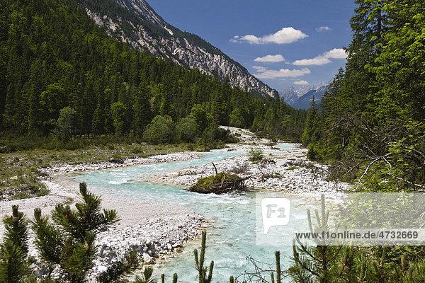 Oberlauf der Isar im Hinterautal  Karwendel  Alpen  Tirol  Österreich  Europa  Europa