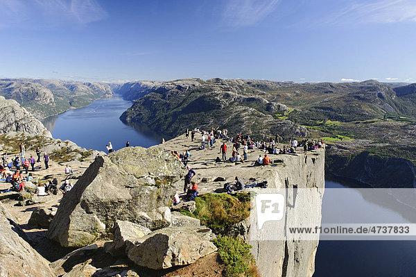 Preikestolen or Prekestolen or Pulpit Rock  Lysefjord  Norway  Scandinavia  Europe