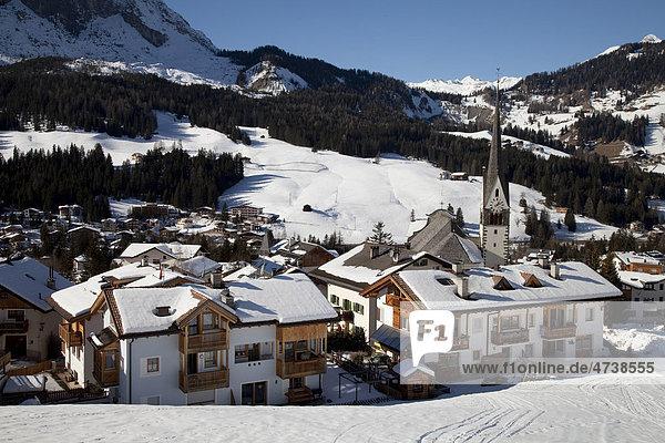 St. Leonhard  Naturpark Fanes-Sennes-Prags  Gadertal  Badia Abtei  Dolomiten  Südtirol  Italien  Europa