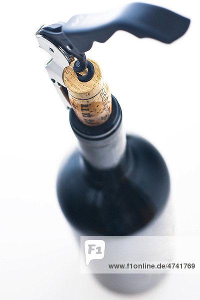 Weinflasche öffnen,  Korkenzieher