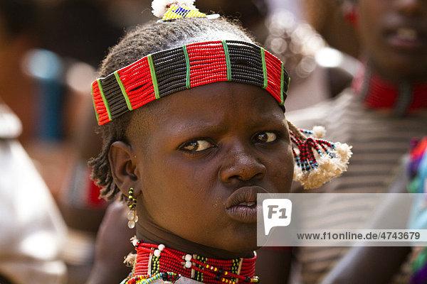 Junge bei der Bullensprung-Zeremonie der Hamer-Volksgruppe in der Nähe von Turmi  Unteres Omo-Tal  Süd-Äthiopien  Afrika