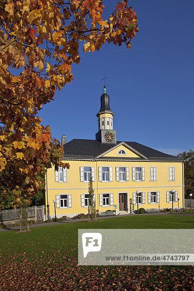 Früheres Salinengebäude im Herbst  Bad Rappenau  Baden-Württemberg  Deutschland  Europa