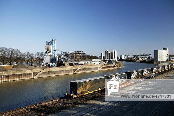 Hafen Niehl  Niehler Hafen  Köln-Niehl  Köln  Nordrhein-Westfalen  Deutschland  Europa