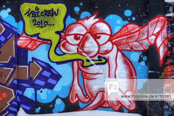 Graffiti-Kunst auf einer Mauer  außerirdisches Wesen