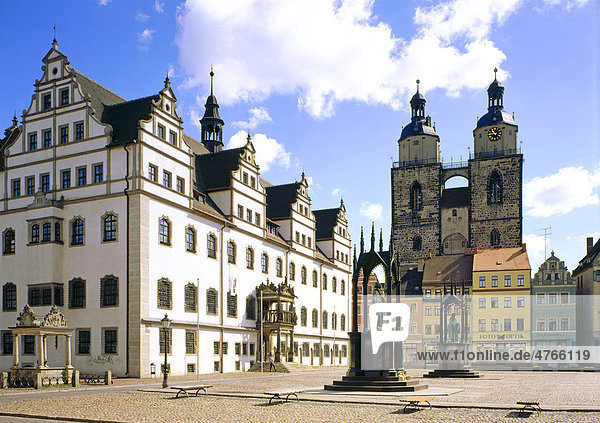 Rathaus und Marktkirche Wittenberg  Sachsen-Anhalt  Deutschland  Europa