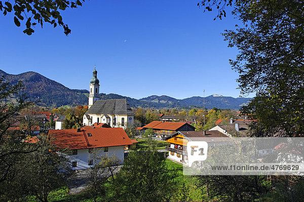 Pfarrkirche St. Jakob  Lenggries  Oberbayern  Bayern  Deutschland  Europa