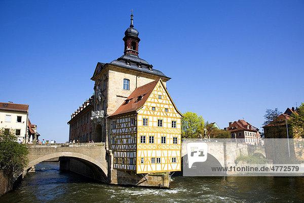 Historisches Rathaus an der Pegnitz  Bamberg  Franken  Bayern  Deutschland  Europa