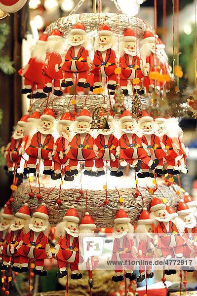 Nikoläuse  Weihnachtsmarkt Stuttgart  Baden-Württemberg  Deutschland  Europa Nikoläuse, Weihnachtsmarkt Stuttgart, Baden-Württemberg, Deutschland, Europa