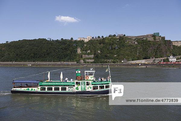 Rheinschiff  Koblenz  Nordrhein-Westfalen  Deutschland  Europa