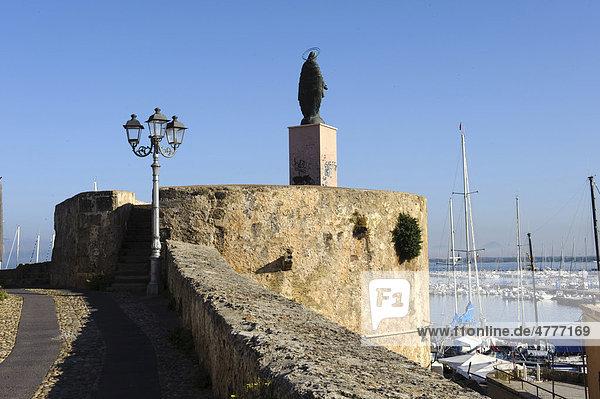 City walls of Alghero  Sassari Province  Sardinia  Italy  Europe