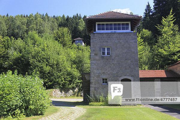 Ehemaliger Wachturm in der KZ-Gedenkstätte Flossenbürg  Landkreis Neustadt an der Waldnaab  Oberpfalz  Bayern  Deutschland  Europa