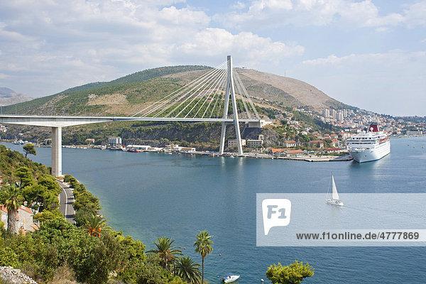Brücke bei Dubrovnik  Süddalmatien  Dalmatien  Adriaküste  Kroatien  Europa