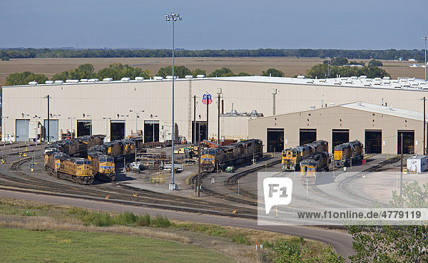 The locomotive repair shop at Union Pacific Railroad's Bailey Yard  the largest rail yard in the world which handles 14  000 rail cars every day  North Platte  Nebraska  USA