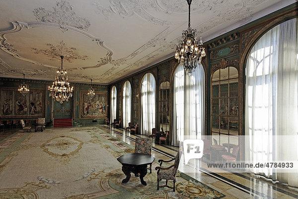 Gartensaal mit Gobelins  Villa Hügel  ehemaliger Wohnsitz der Familie Krupp  Essen-Baldeney  Nordrhein-Westfalen  Deutschland  Europa