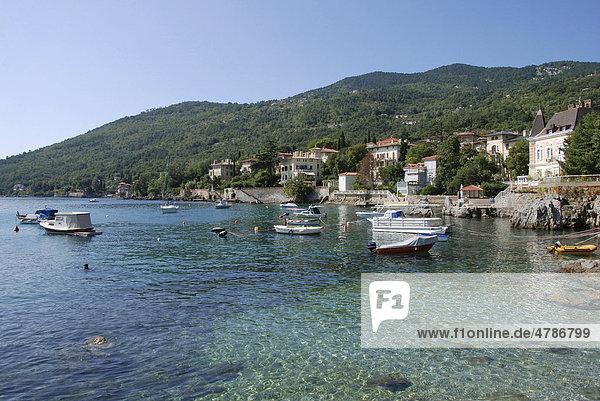 Hafen  Lovran  Republik Kroatien  Europa