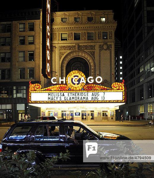 Chicago Theater  Theatre District  Randolph Street  Chicago  Illinois  Vereinigte Staaten von Amerika  USA