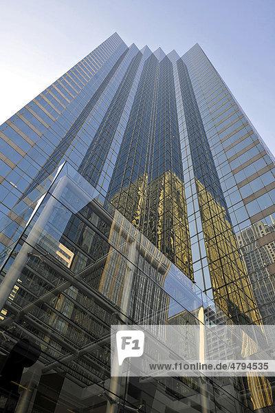 Glasfassade des Canary Wharf Tower  Chicago  Illinois  Vereinigte Staaten von Amerika  USA
