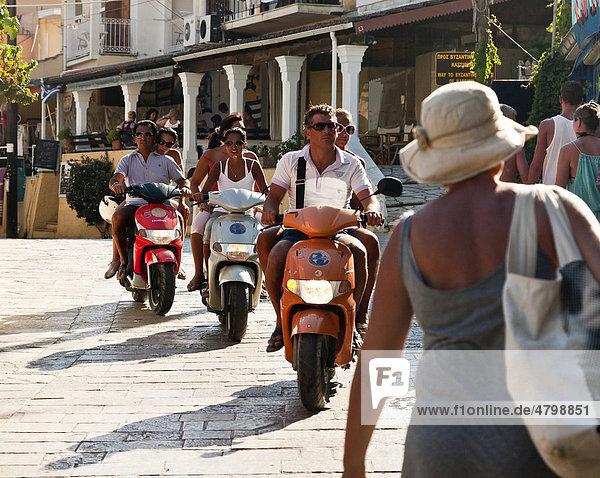Historic town centre of Kassiopi  north east Corfu  Corfu Island  Ionian Islands  Greece  Southern Europe  Europe