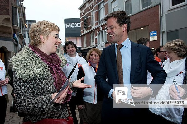 Dutch Prime Minister  Mr. Mark Rutte  is giving a campain visit to Tilburg  just before the regional elections in The Netherlands.