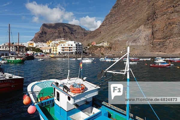 Spain  Canary Islands  Valle Gran Rey  La Gomera  View of harbour