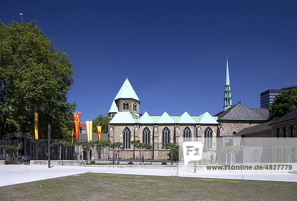 Essener Münster oder Münsterkirche  Dom  Essen  Ruhrgebiet  Nordrhein-Westfalen  Deutschland  Europa