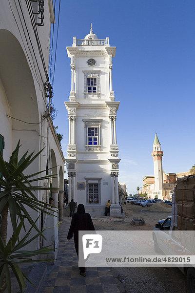 Uhrturm und Minarett  Medina  Altstadt  Tripolis  Libyen  Nordafrika  Afrika Uhrturm und Minarett, Medina, Altstadt, Tripolis, Libyen, Nordafrika, Afrika